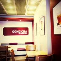 Photo taken at 貢茶(공차) / GONG CHA by Peter C. on 2/12/2014