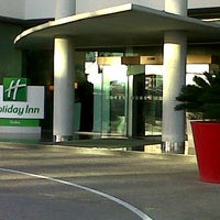 Photo taken at Holiday Inn by Ernesto T. on 1/26/2013