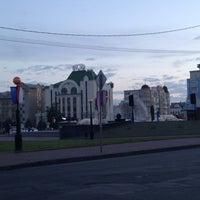 Photo taken at Музыкальный фонтан by Elena S. on 5/25/2013