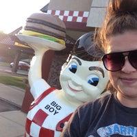 Photo taken at Frisch's Big Boy by Lauren K. on 6/7/2015