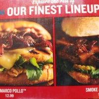 Photo taken at Red Robin Gourmet Burgers by Don W. on 7/23/2016