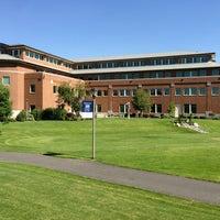 Foto diambil di Gonzaga University oleh Rod B. pada 7/25/2013