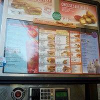 Foto scattata a SONIC Drive In da Candi K. il 11/2/2012