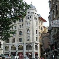 Foto tomada en Legacy Ottoman Hotel por Rroma . el 2/27/2013