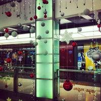 Foto tirada no(a) Recoleta Mall por Matias M. em 12/30/2012