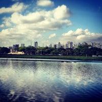 Foto tirada no(a) Lago do Ibirapuera por Flavio Chaves G. em 11/5/2012