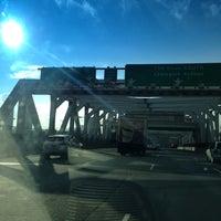 Photo taken at Third Avenue Bridge by Moses N. on 12/18/2012