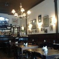 Foto tirada no(a) Café Brasilero por Pati S. em 12/13/2012