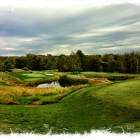 Photo taken at Fairway Hills Golf Club by Rick B. on 10/8/2012