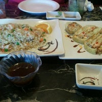 Photo taken at Happy Bento by LaGhea J. on 10/8/2012