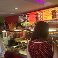 Foto tirada no(a) Mix Salads por Roberto L. em 10/30/2012