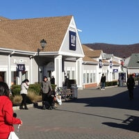 Photo taken at Woodbury Common Premium Outlets by Frederico G. on 11/6/2012