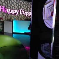 Photo taken at Happy Puppy by Stevy N. on 8/13/2015