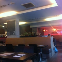 Photo prise au Georges Tea & Lunch par Denis V. le2/2/2013