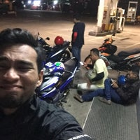 Photo taken at Shell, Pekan Gemenceh by Uzair A. on 1/27/2018