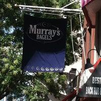 7/29/2013 tarihinde Orsini G.ziyaretçi tarafından Murray's Bagels'de çekilen fotoğraf