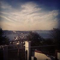 10/27/2012 tarihinde eda e.ziyaretçi tarafından Cafe Crown Cubuklu'de çekilen fotoğraf