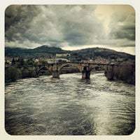 Foto tirada no(a) Ponte Romana de Ourense por David Hernandez D. em 3/31/2013