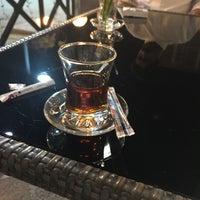11/15/2017 tarihinde Naderziyaretçi tarafından Osmanli restaurant مطعم عُصمنلي'de çekilen fotoğraf