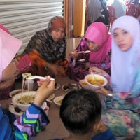 Photo taken at sekolah agama rakyat al taqwa by SHAZZY on 8/24/2014
