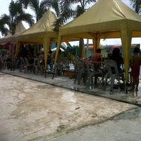 Photo taken at Kolam Renang Perumahan Taman Bunga Nabontar by Abdi R. on 2/23/2014