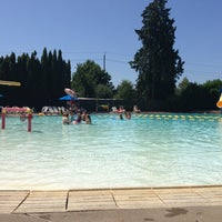 Foto tomada en Sellwood Pool por Christian B. el 7/8/2013