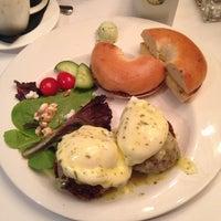 Foto tirada no(a) Poached Breakfast Bistro por Daniel M. em 7/2/2014