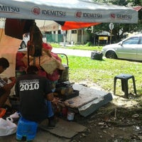 Photo taken at Angah tvkang kasut by Tengku A. on 3/2/2013