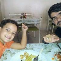 Foto tirada no(a) Tia Nelza Restaurante por Juliano S. em 7/10/2013