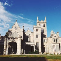 Photo taken at Lyndhurst by Heather M. on 10/13/2014