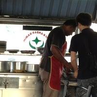 Photo taken at Warung Kopi Depan Klinik by Pkcik T. on 8/15/2013