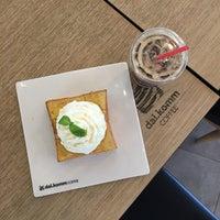 Photo taken at dal.komm COFFEE by 리하 on 10/28/2017