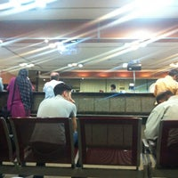 Photo taken at Post Office | پست ولیعصر by Mehran F. on 9/10/2014