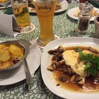 Снимок сделан в Gasthaus zum Alten Forsthaus пользователем Uwe M. 11/22/2015