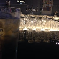 Photo taken at Traffic Kitchen.Bar.MusicRoom by Elin L. on 8/27/2014