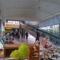 Photo taken at Sultan Syarif Kasim II International Airport (PKU) by Osmond B. on 12/17/2012