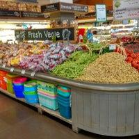 Photo taken at Farmers Market by antonius y. on 6/14/2017
