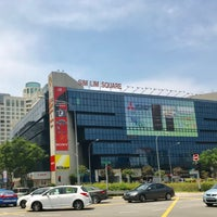 Photo taken at Sim Lim Square by Gil F. on 10/22/2017