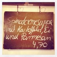 Das Foto wurde bei Suppe & Salat von Manuel MANTU O. am 10/22/2012 aufgenommen