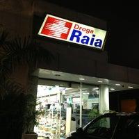 Photo taken at Drogaria Raia by Karina L. on 3/2/2013