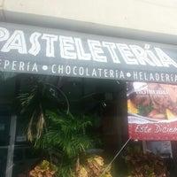 Photo taken at Pasteleteria by Gabriel H. on 12/30/2012