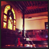Photo taken at The Old Spaghetti Factory - St. Louis by Veronica F. on 12/29/2012