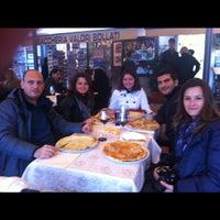 Photo taken at Pizzeria Italia by Selin S. on 10/26/2012