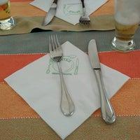 Foto tirada no(a) Restaurante das Artes por Paula Maria H. em 3/2/2013