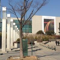 Photo taken at National Museum of Korea by Mattert on 2/19/2013
