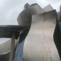 Foto tomada en Museo Guggenheim por Enrique A. el 5/2/2013