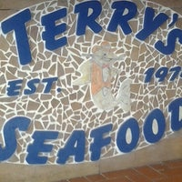 Photo taken at Terry's Seafood & Chicken by B-ryant J. on 9/29/2012