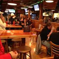 Photo taken at Hooters by Hugo on 4/13/2013