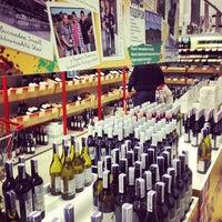 Снимок сделан в Good Wine пользователем Ira K. 10/14/2012