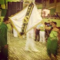 Foto tirada no(a) G.R.E.S. Imperatriz Leopoldinense por Heitor R. em 9/24/2012
